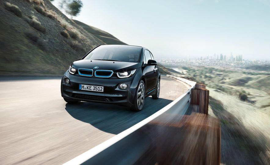 2017 BMW i3 - Slide 5