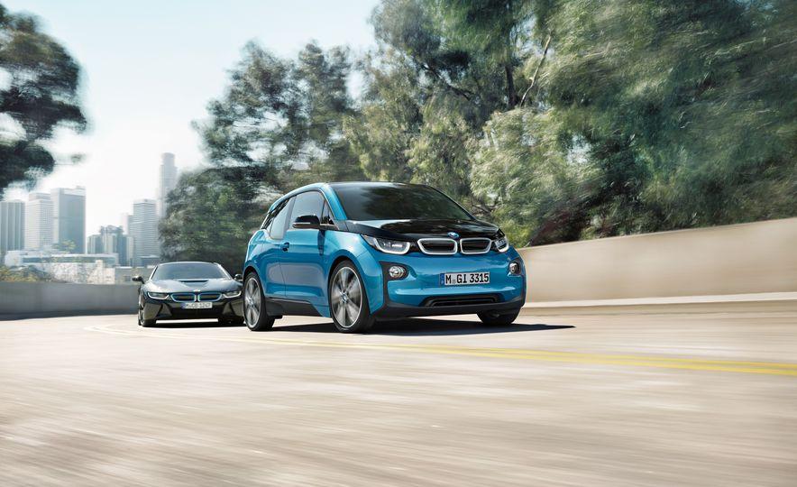 2017 BMW i3 - Slide 6
