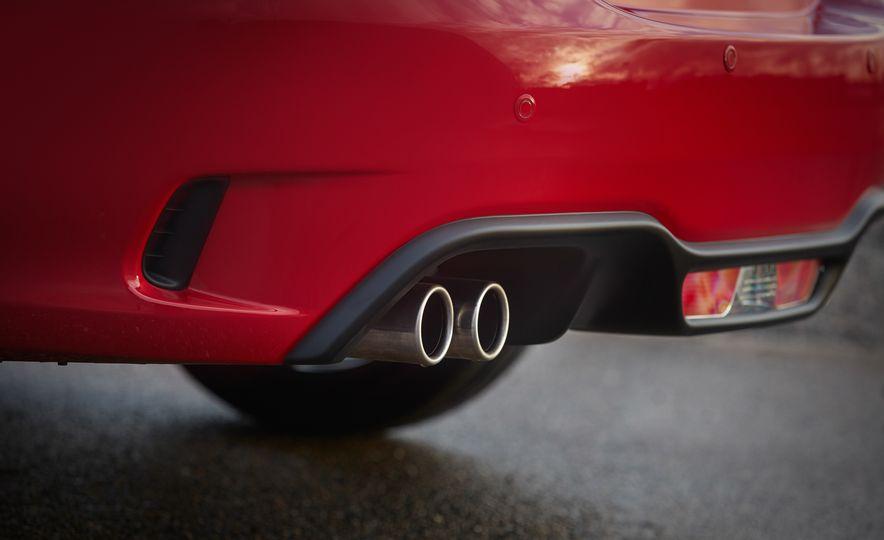 2017 Fiat 124 Spider Abarth - Slide 10