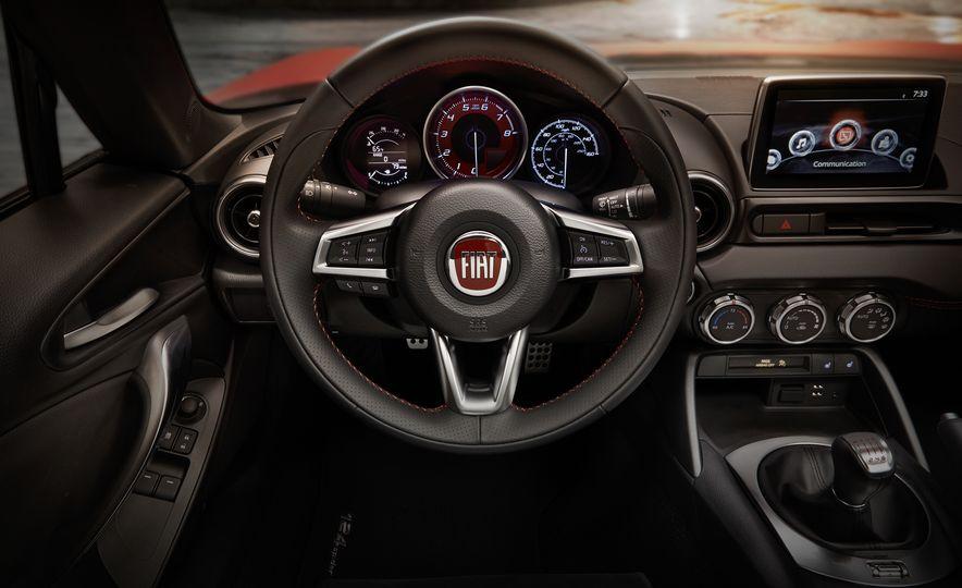 2017 Fiat 124 Spider Abarth - Slide 14