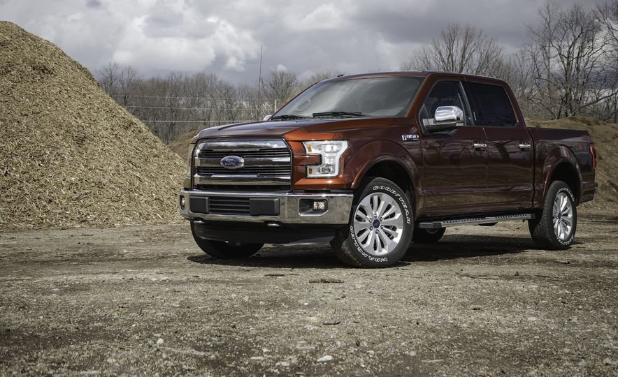 2016 Ford F-150 SuperCrew 4x4 - Slide 1