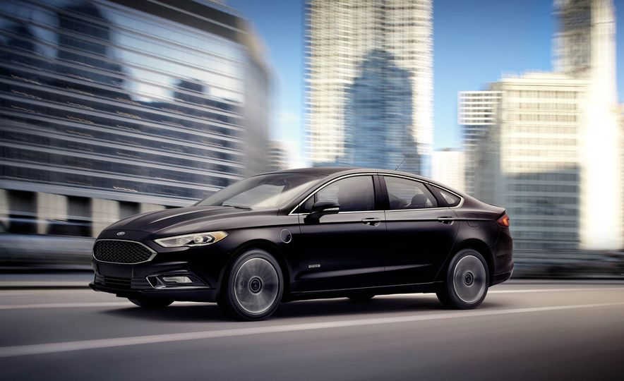 2017 Ford Fusion Energi plug-in hybrid - Slide 1