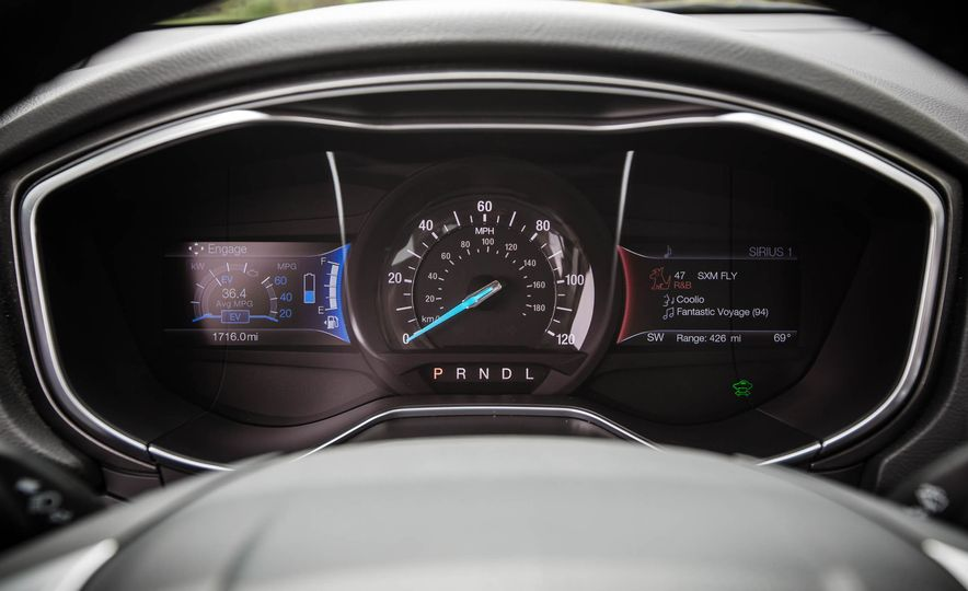 2017 Ford Fusion hybrid - Slide 34