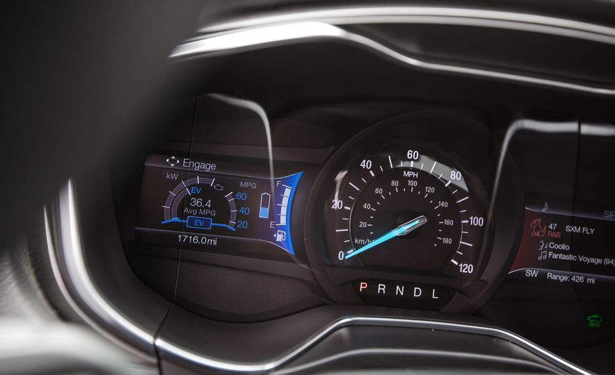 2017 Ford Fusion hybrid - Slide 35