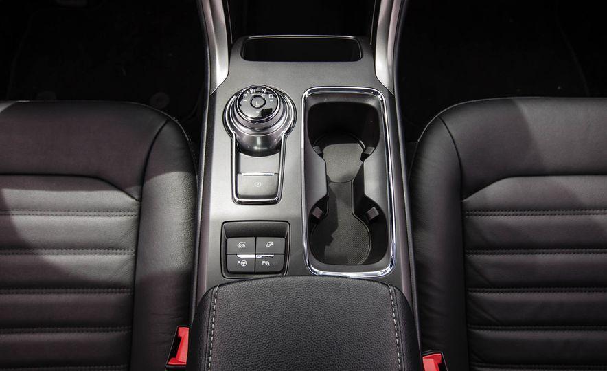 2017 Ford Fusion hybrid - Slide 39