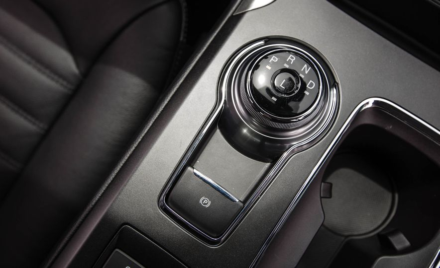 2017 Ford Fusion hybrid - Slide 40