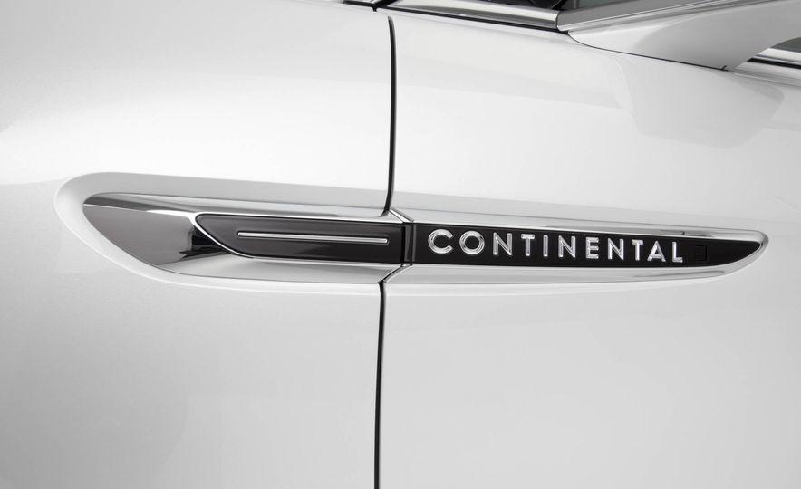 2017 Lincoln Continental - Slide 10