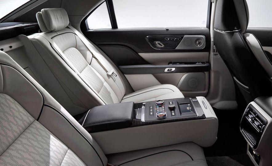 2017 Lincoln Continental - Slide 14
