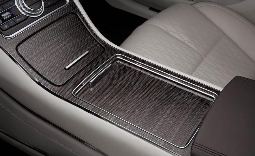 2017 Lincoln Continental - Slide 16
