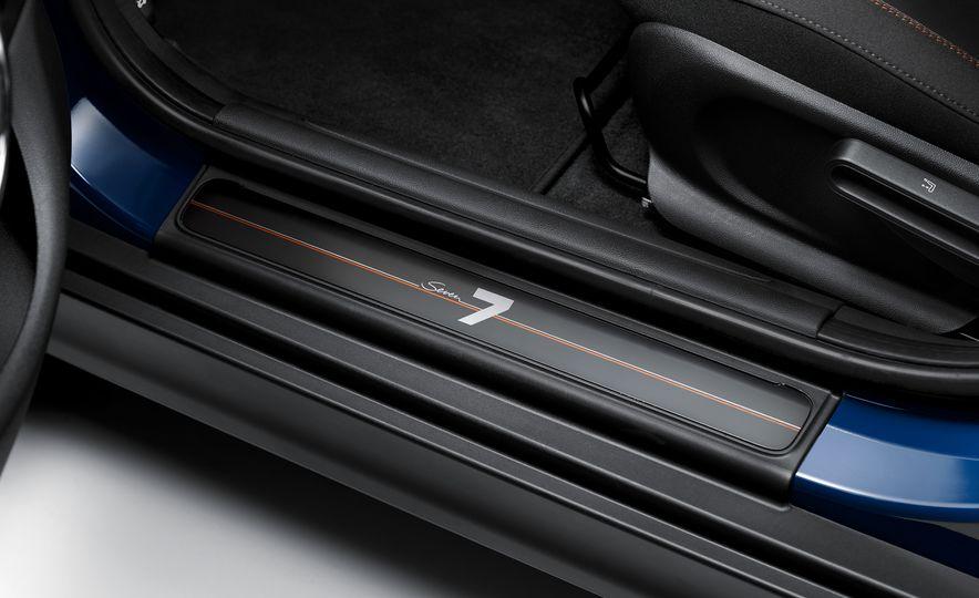 2017 Mini Cooper S Seven Edition - Slide 11