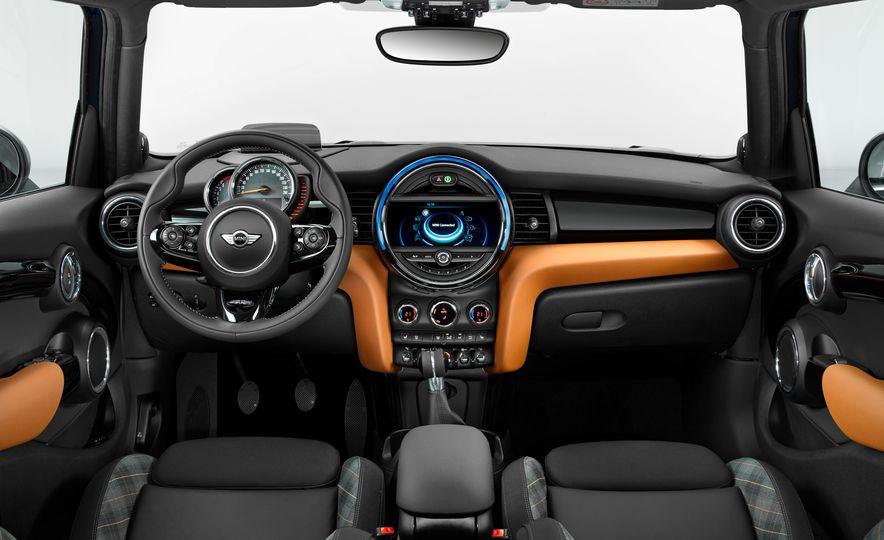 2017 Mini Cooper S Seven Edition - Slide 12