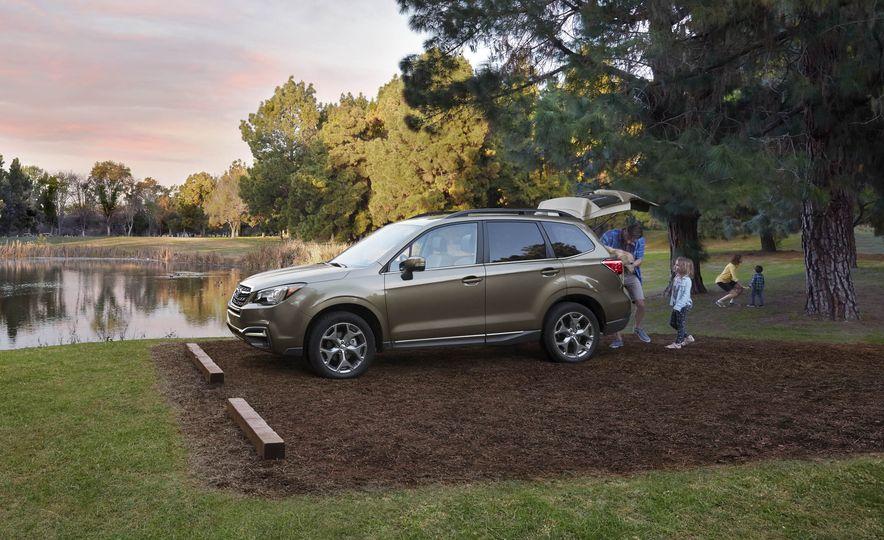 2017 Subaru Forester - Slide 7