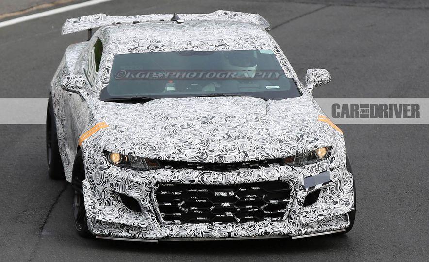 2018 Chevrolet Camaro ZL1 1LE - Slide 10