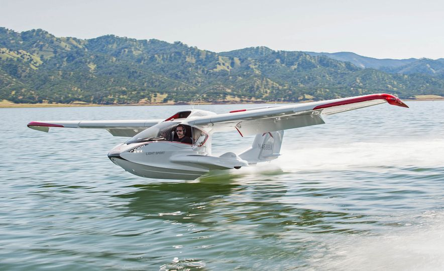 ICON A5 Amphibious Light Sport Aircraft - Slide 3