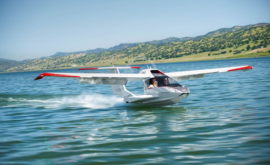 ICON A5 Amphibious Light Sport Aircraft - Slide 5