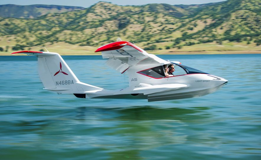 ICON A5 Amphibious Light Sport Aircraft - Slide 7