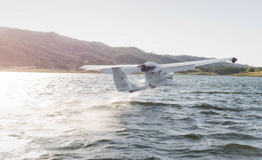 ICON A5 Amphibious Light Sport Aircraft - Slide 8