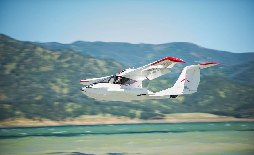 ICON A5 Amphibious Light Sport Aircraft - Slide 10