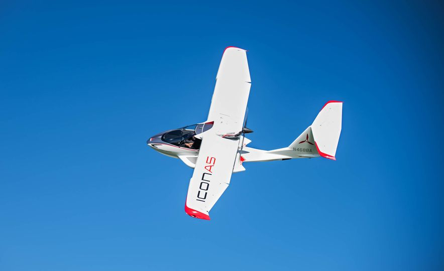 ICON A5 Amphibious Light Sport Aircraft - Slide 11