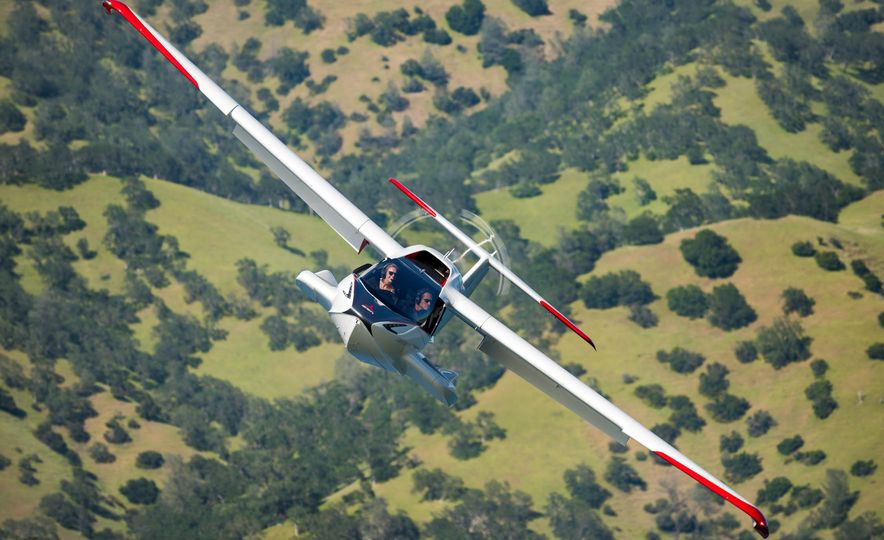 ICON A5 Amphibious Light Sport Aircraft - Slide 13