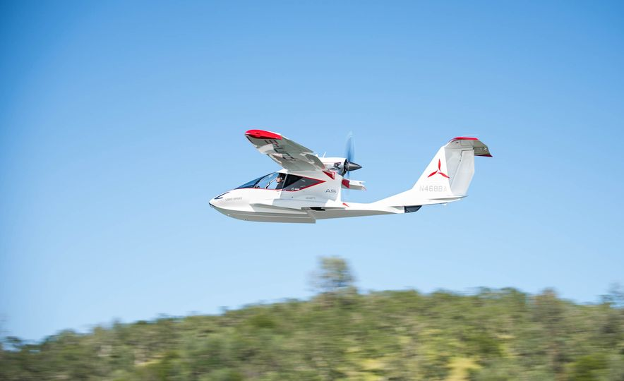 ICON A5 Amphibious Light Sport Aircraft - Slide 14