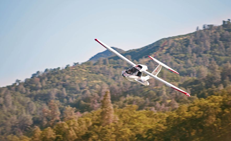 ICON A5 Amphibious Light Sport Aircraft - Slide 17