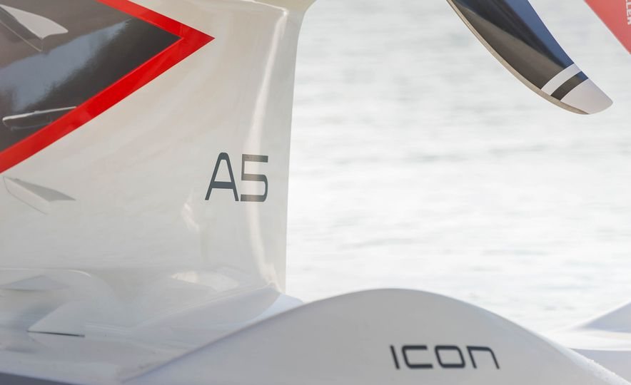ICON A5 Amphibious Light Sport Aircraft - Slide 23