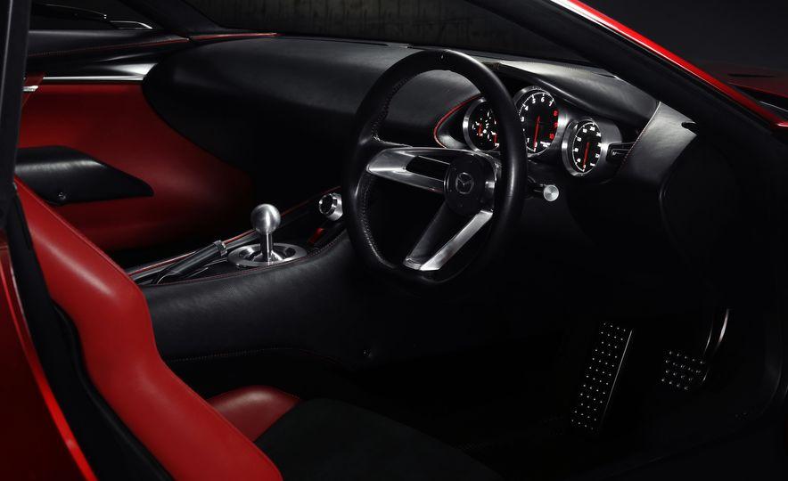 Mazda RX-Vision concept - Slide 6
