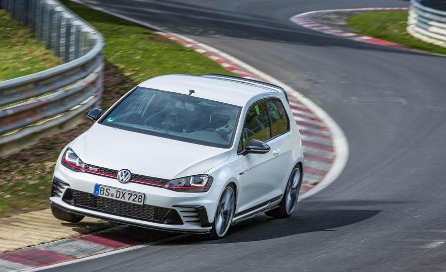 Volkswagen GTI Clubsport S (Euro-spec) - Slide 1