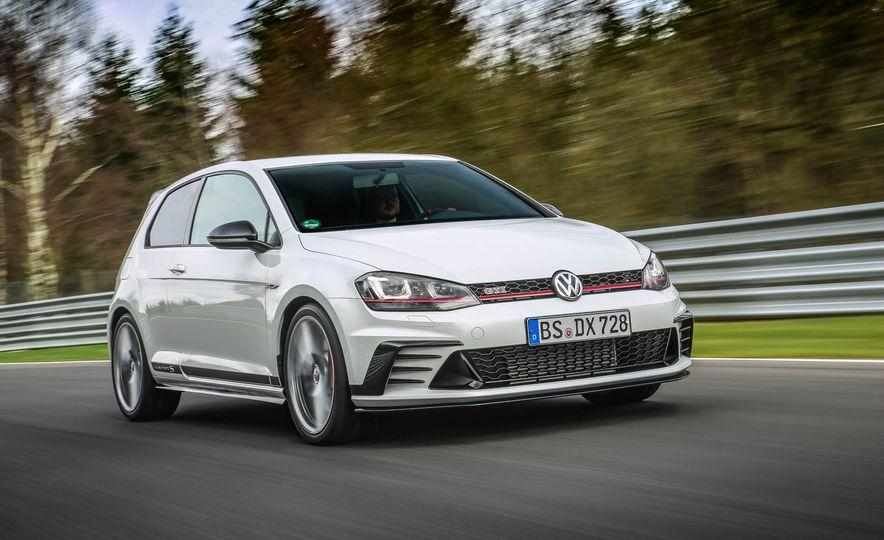 Volkswagen GTI Clubsport S (Euro-spec) - Slide 8