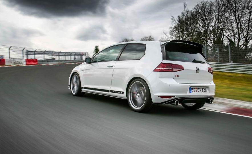 Volkswagen GTI Clubsport S (Euro-spec) - Slide 9