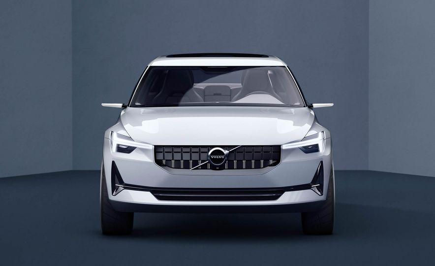 Volvo 40.2 concept - Slide 2