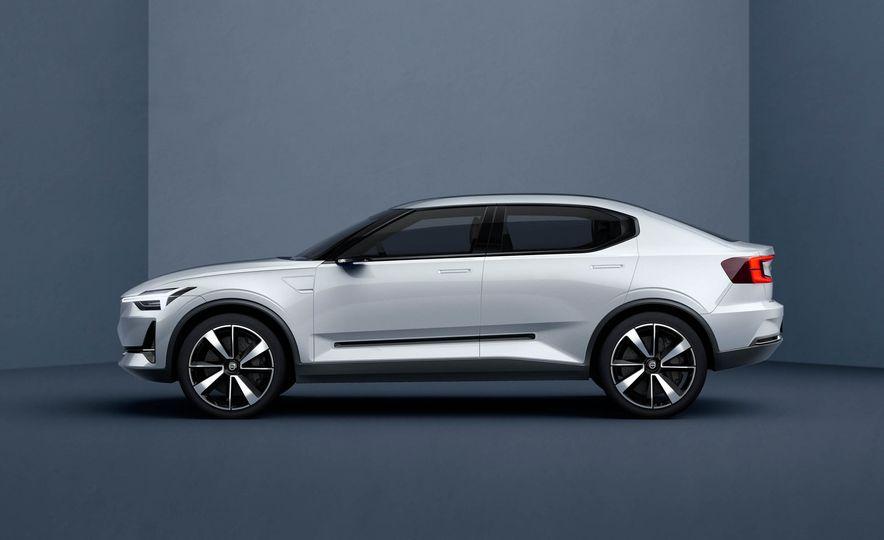 Volvo 40.2 concept - Slide 3