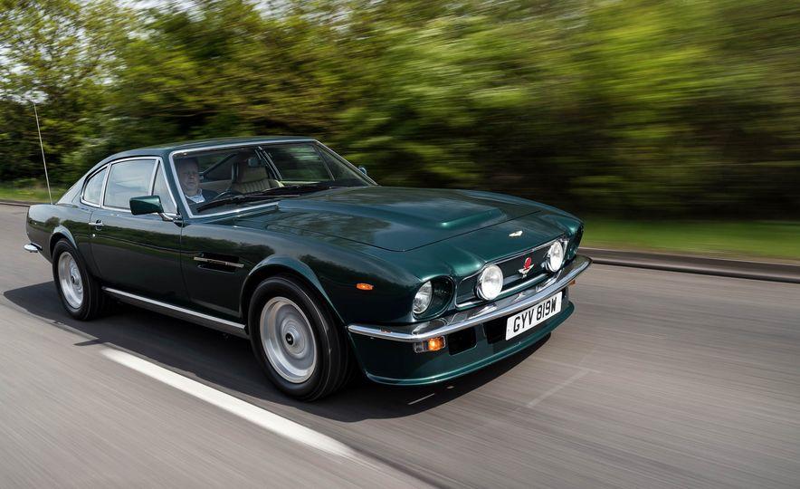 1980 Aston Martin V8 Vantage - Slide 2