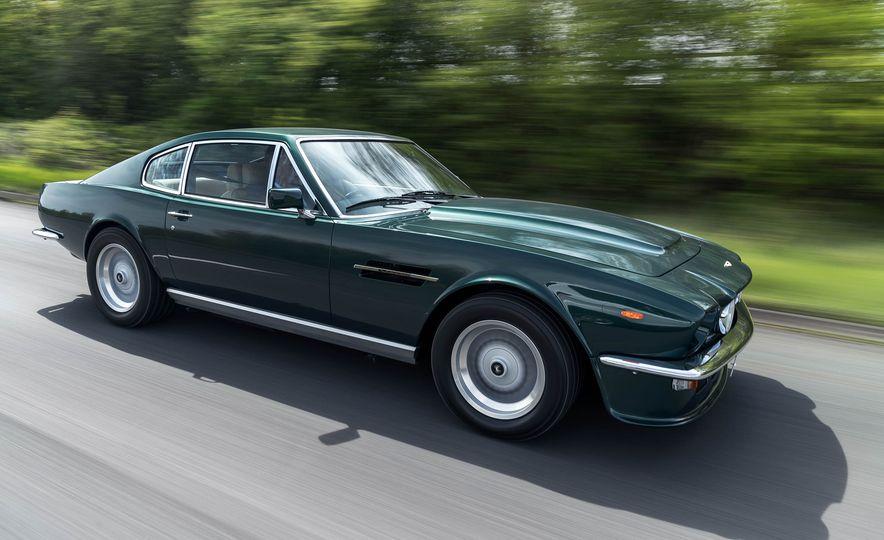 1980 Aston Martin V8 Vantage - Slide 3