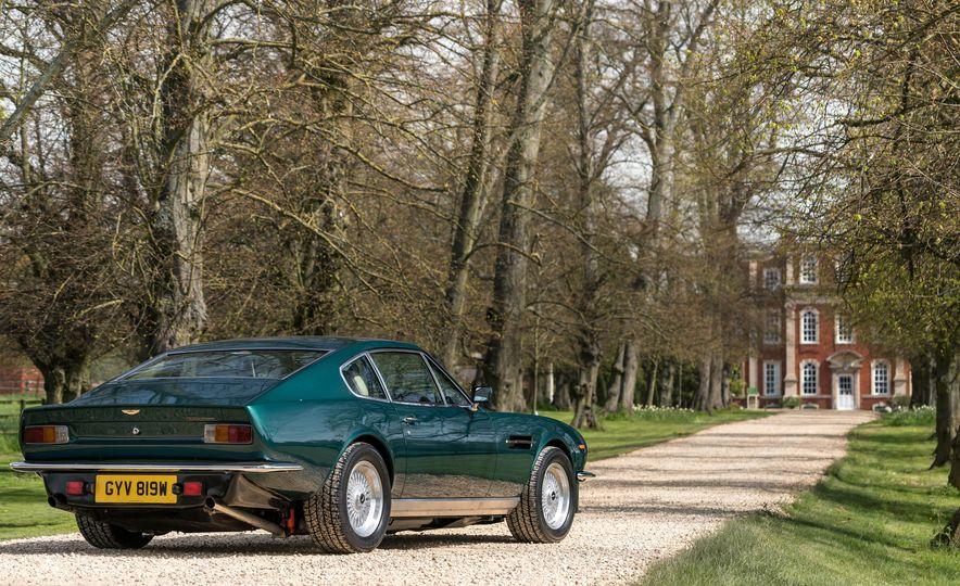 1980 Aston Martin V8 Vantage - Slide 19