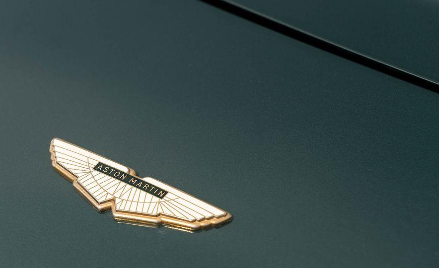 1980 Aston Martin V8 Vantage - Slide 23