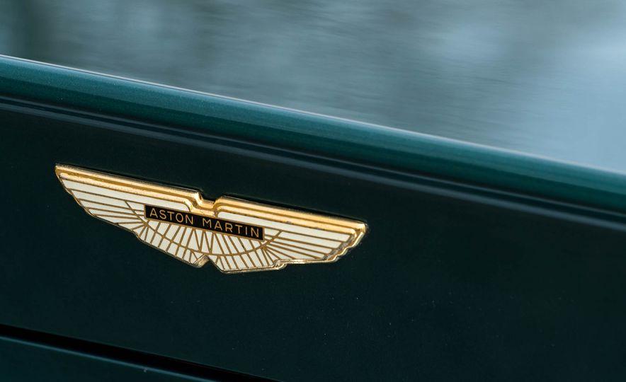 1980 Aston Martin V8 Vantage - Slide 29