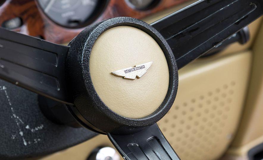 1980 Aston Martin V8 Vantage - Slide 36