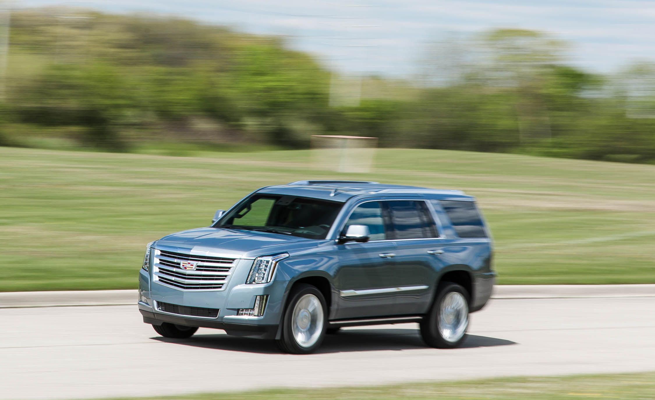 2016 Cadillac Escalade Platinum Test Review Car And Driver