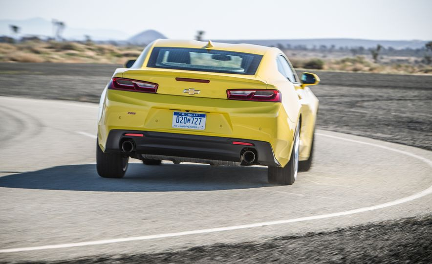 2016 Chevrolet Camaro RS - Slide 5