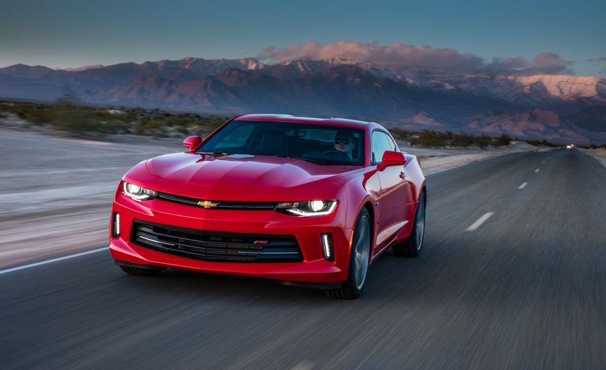 2016 Chevrolet Camaro RS - Slide 10