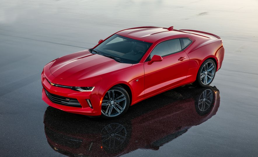 2016 Chevrolet Camaro RS - Slide 14