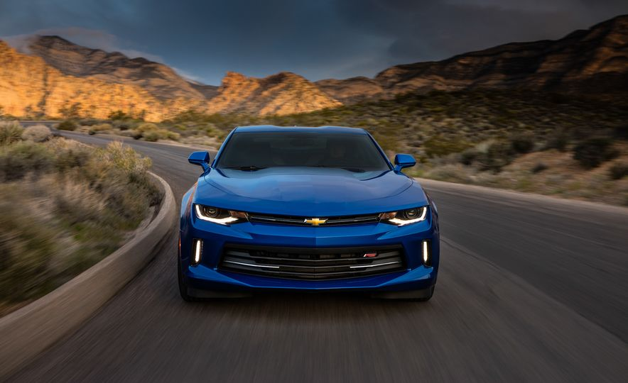 2016 Chevrolet Camaro RS - Slide 23