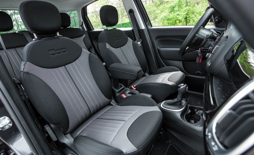 2016 Fiat 500L - Slide 28