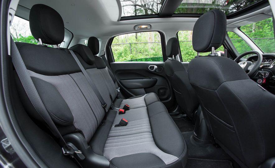 2016 Fiat 500L - Slide 31
