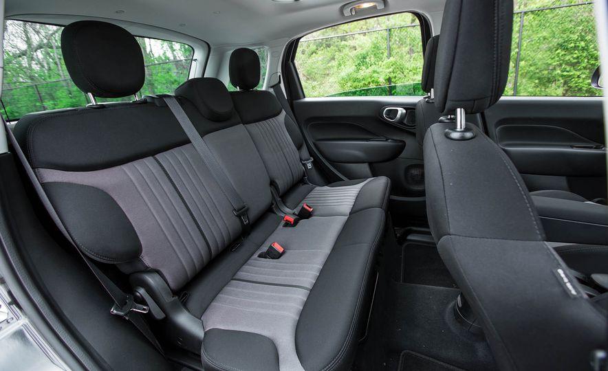 2016 Fiat 500L - Slide 32