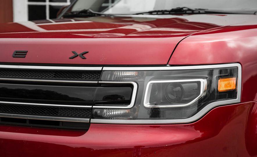 2016 Ford Flex EcoBoost AWD - Slide 4