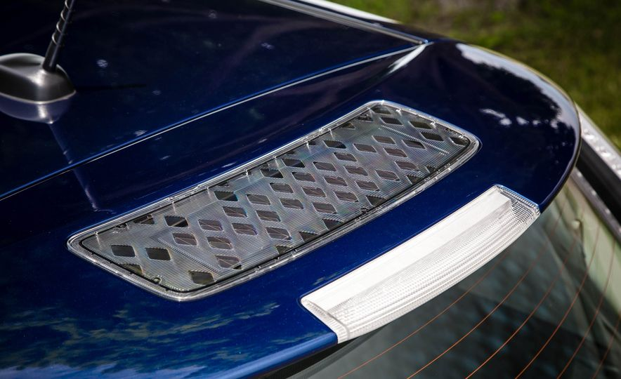 2016 Nissan Leaf - Slide 24