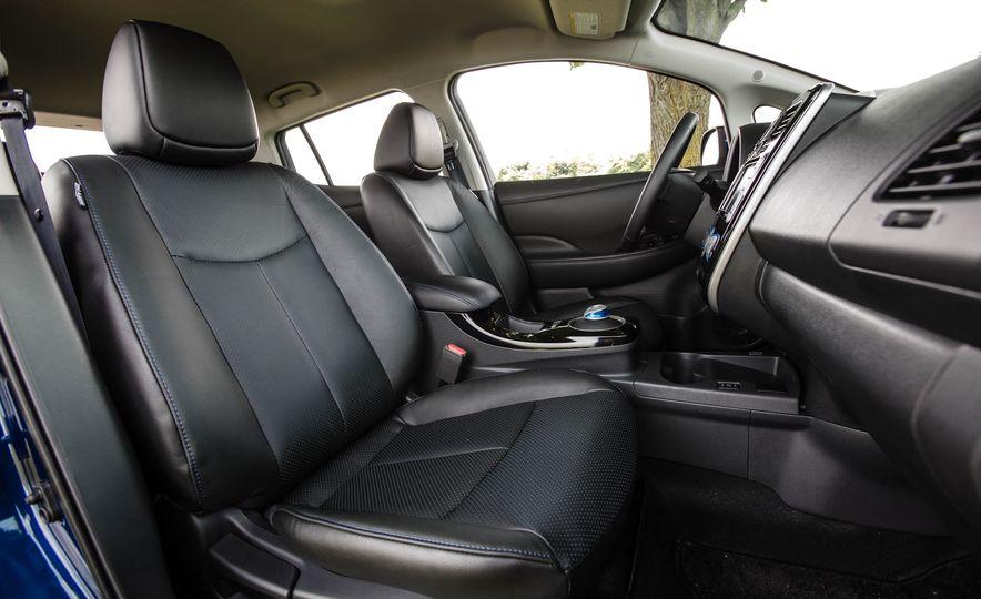 2016 Nissan Leaf - Slide 31
